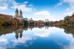 Centraal park in november stock afbeeldingen