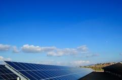 Centrais energéticas solares. Fotografia de Stock