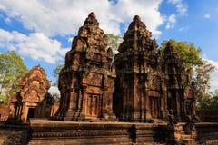 Central av den inre bilagan i den Banteay Srey templet, Cambodja Arkivbilder