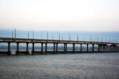 Central bro Dnepropetrovsk Arkivbilder