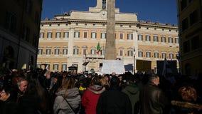 Central do terremoto da demonstração de Itália vídeos de arquivo