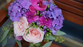 central dof bukiet róż ogniskowy kwiatek punktu nisko poślubić Panny młodej ` s bukiet na dniu ślubu różni bukietów kwiaty Bukiet Zdjęcie Royalty Free