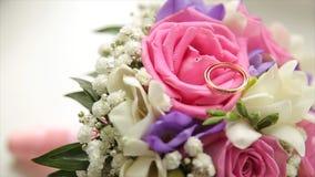 central dof bukiet róż ogniskowy kwiatek punktu nisko poślubić Panny młodej ` s bukiet na dniu ślubu różni bukietów kwiaty Bukiet Fotografia Royalty Free