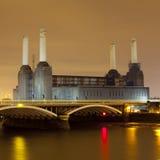 Central eléctrica de Battersea en la noche Imágenes de archivo libres de regalías