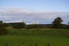 Central eléctrica de Drax vista sobre campos fotos de archivo
