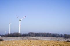 Central eléctrica de energía eólica Fotos de archivo libres de regalías