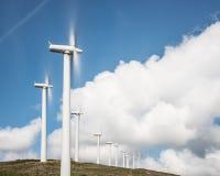 Central eléctrica de energía eólica en España septentrional Foto de archivo libre de regalías