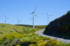 Central eléctrica de energía eólica en montañas de Madeira - Portugal Imagen de archivo