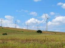 Central eléctrica de energía eólica, montañas del mineral, República Checa Imagen de archivo