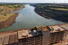 Central eléctrica de Itaipu Hydroeletric foto de archivo