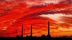 Central eléctrica de Orot Rabin en la puesta del sol Imagenes de archivo