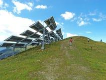 Central eléctrica fotovoltaica Imagenes de archivo