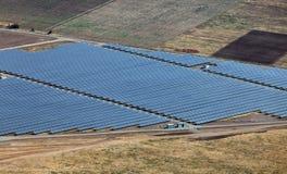 Central eléctrica fotovoltaica cerca de Kazanlak Foto de archivo