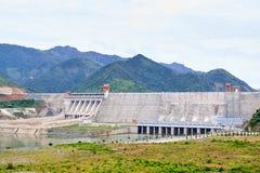 Central eléctrica hidroeléctrica imagenes de archivo