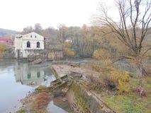 Central eléctrica Hydroelectric velha Foto de Stock