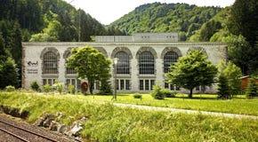 Central eléctrica (Kraftwerk) en Obermatt Suiza Foto de archivo libre de regalías