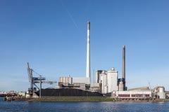 Central eléctrica moderna Foto de archivo libre de regalías