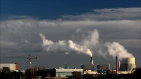 Central eléctrica Reuter en Berlin Spandau, Alemania metrajes
