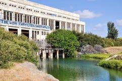 Central elétrica abandonada: Lagoa refrigerando Foto de Stock