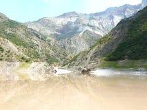 A central elétrica hidroelétrico de Nurek Foto de Stock Royalty Free