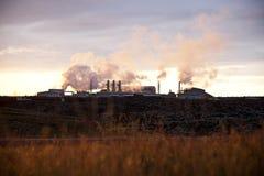 Central energética Geothermal da lagoa azul Fotos de Stock Royalty Free