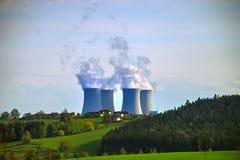 Central energética nuclear #4 Fotos de Stock
