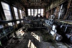 Central energética velha imagens de stock