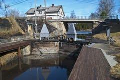 Central energética Hydroelectric, câmara de fechamento. Fotos de Stock