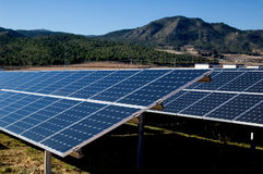 Central energética solar - energia solar Fotografia de Stock Royalty Free