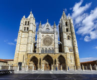 Central facade, tower and rose window of the cathedral of Leon Royalty Free Stock Images