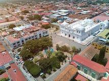 Central fyrkant av den Leon staden royaltyfri foto