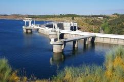 Central hidroeléctrica de Alqueva, región de Alentejo imagen de archivo libre de regalías