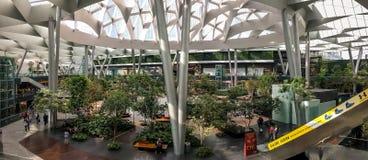 Central interna de Toreo Parque em Naucalpan, México Panorama foto de stock royalty free