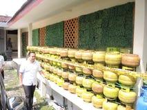 Central Java Police Unload Gas LPG stöld med injektionfunktionsläge Arkivfoto