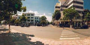 Central korsning gata i Nha Trang Arkivbild