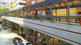 Central a las mediados de escaleras móviles de los niveles, Hong-Kong imagen de archivo