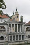 Central marknad och helgon Nicholas Cathedral ljubljana slovenia Royaltyfri Foto