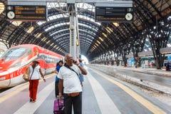 central milan järnvägstation Arkivbild