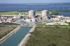 Central nuclear. Imagenes de archivo