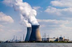 Central nuclear, Bélgica Imagen de archivo libre de regalías