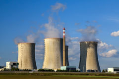 Central nuclear Dukovany em República Checa Europa Foto de Stock Royalty Free