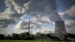Central nuclear, industria de la energética almacen de metraje de vídeo