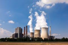 Central nuclear, industria de la energética Imágenes de archivo libres de regalías
