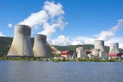 Central nuclear, río de Rhone, Francia Imágenes de archivo libres de regalías