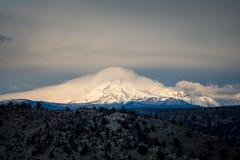 Central Oregon soluppgång Mt Jefferson Arkivfoto