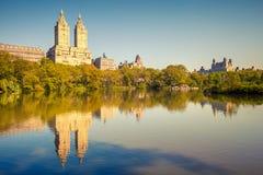 Central Park на солнечном дне Стоковая Фотография
