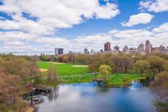 Central Park-Ansicht in New York während des Frühlinges Lizenzfreie Stockbilder