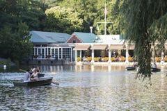 Central Park-Bootshaus Stockfotos