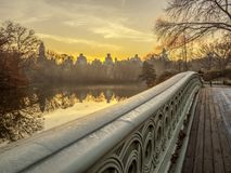 Central Park de pont d'arc image stock