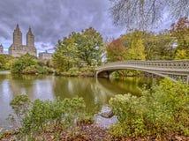 Central Park del ponte dell'arco Fotografie Stock Libere da Diritti